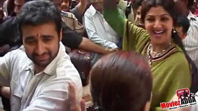 Shilpa Shetty & Raj Kundra Ganapti Immersion 2012